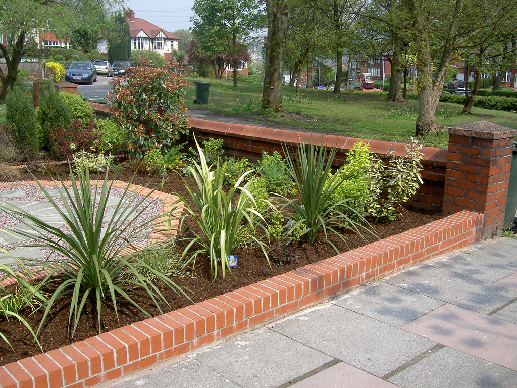 Planting schemes dreamscape gardens landscaping and for Garden design planting schemes